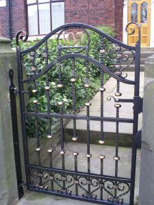 Ref: GT011 Customer own design Metal House gates Milnrow, Newhey, Lancashire
