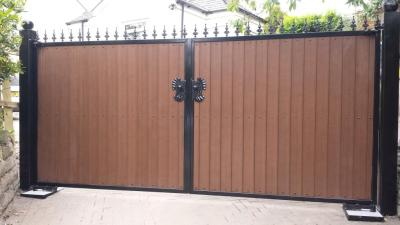 GTO73 Automatic gates plastic eco wood in Bury