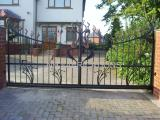 Ref:  GT029  Automated Cantilever Sliding Gate Rochdale