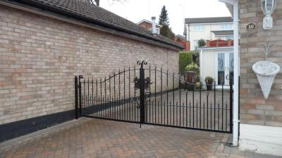 Ref:GTO 64 Driveway Gates in Stockport